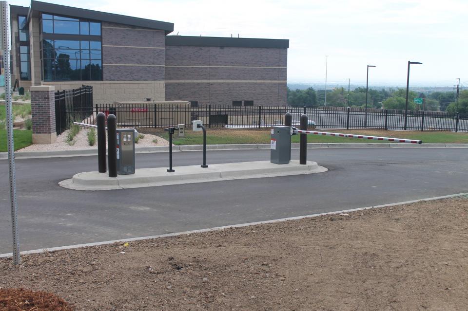 1601 Barrier Gate   Doorking - Access Control Solutions